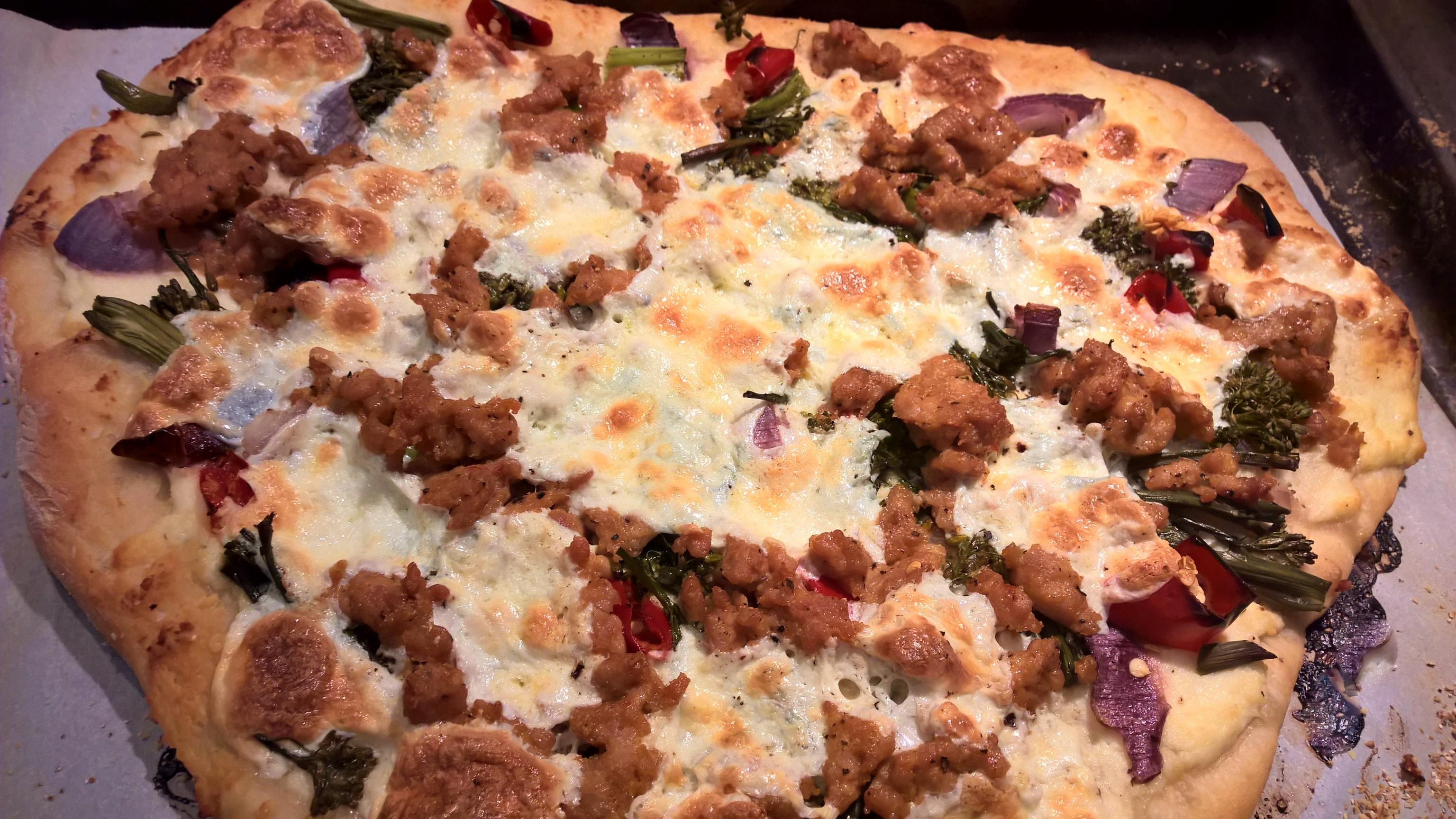 Sausage & Charred Broccolini Pizza' | Around Anna's Table